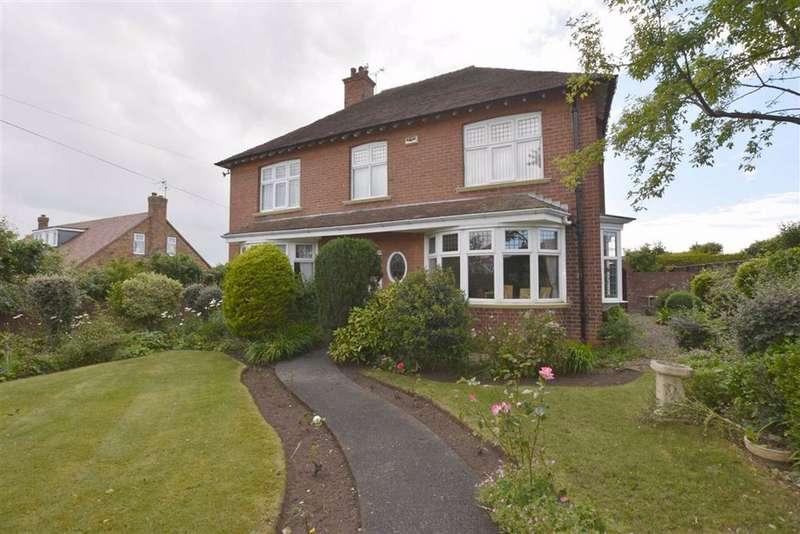 Detached House for sale in Fortyfoot, Bridlington, YO16