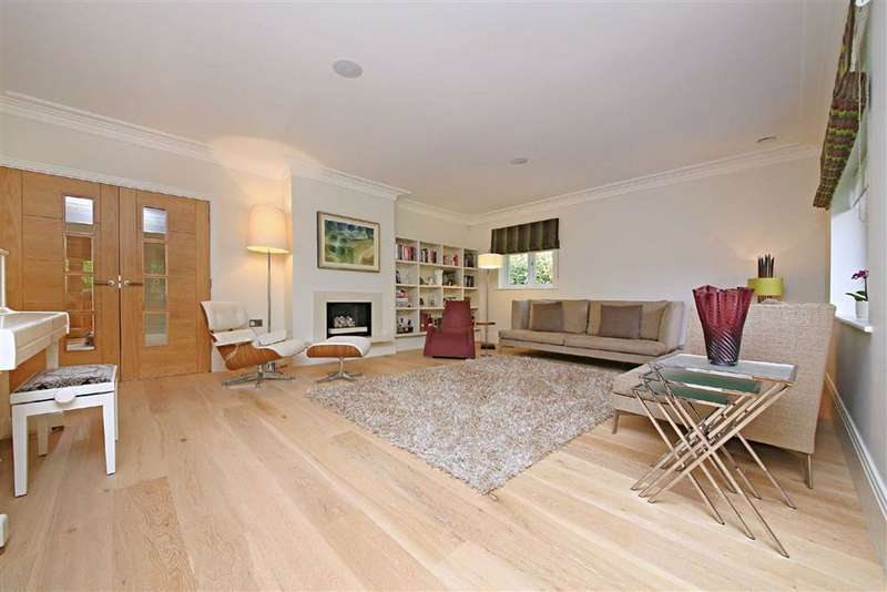 4 Bedrooms Detached House for sale in The Pathway, Radlett, Hertfordshire
