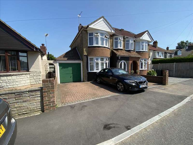 3 Bedrooms Semi Detached House for sale in Blaker Avenue, Rochester