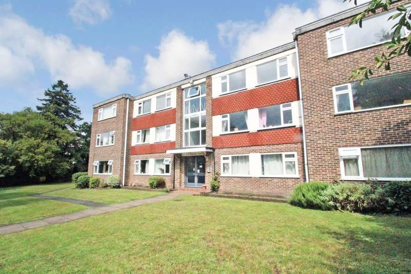 1 Bedroom Flat for sale in Southlands Grove, Bickley