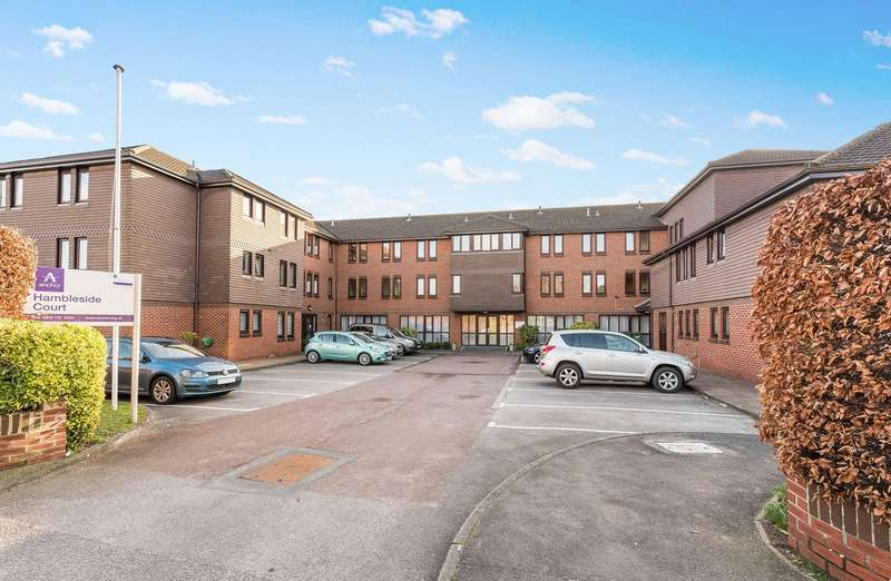 1 Bedroom Flat for sale in Hamble Lane, Hamble, Southampton, Hampshire. SO31 4QE