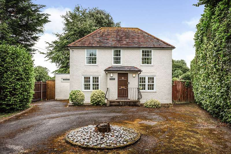 3 Bedrooms Detached House for sale in Church Road, Hartley, Kent, DA3