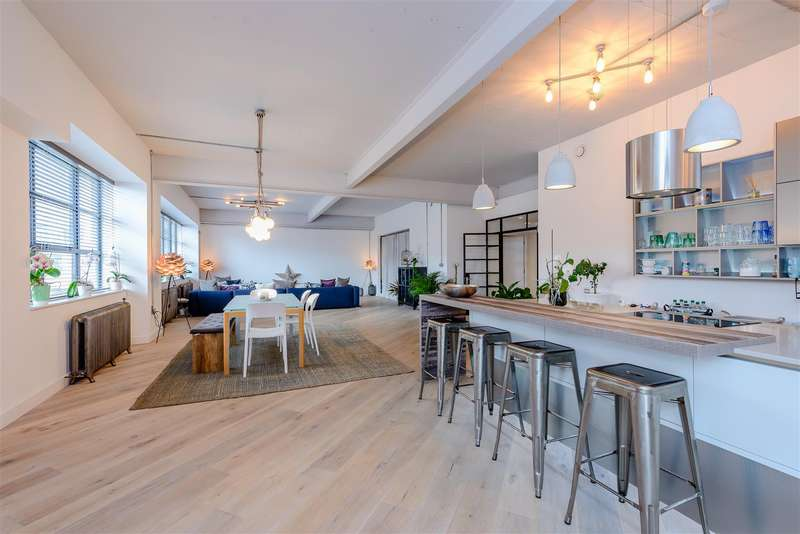 3 Bedrooms Apartment Flat for sale in Marshall Street, Birmingham