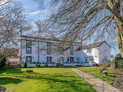 7 Bedrooms House for sale in Cross Butts, Eccleshall, Stafford