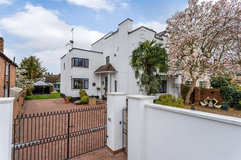 5 Bedrooms Semi Detached House for sale in Warwick Place, Leamington Spa, Warwickshire