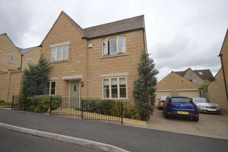 4 Bedrooms Detached House for sale in Spire View, Cirencester
