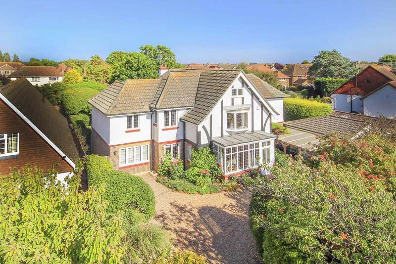 5 Bedrooms Detached House for sale in Upper Drive, Angmering On Sea, East Preston, West Sussex, BN16