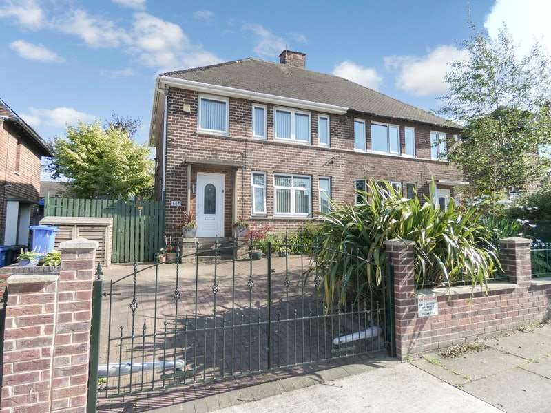 3 Bedrooms Semi Detached House for sale in Wordsworth Avenue, Sheffield, South Yorkshire, S5