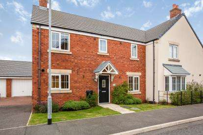 3 Bedrooms Semi Detached House for sale in Breakers Wharf, Fleetwood, Lancashire, ., FY7