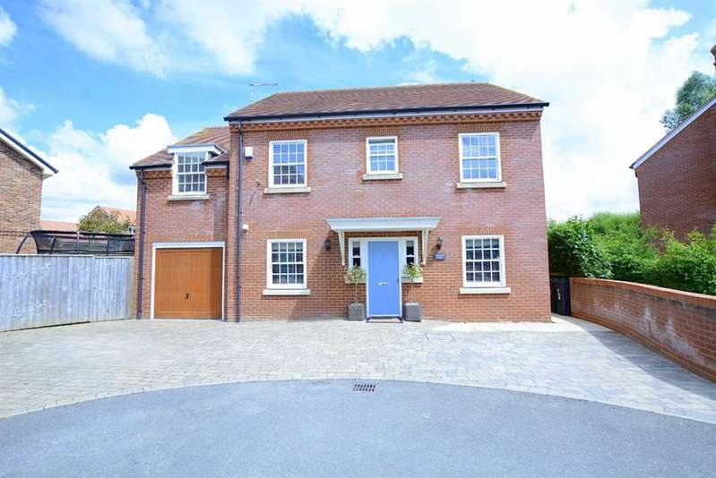 4 Bedrooms Detached House for sale in Rosemead, 9 Coopers Lane, Verwood