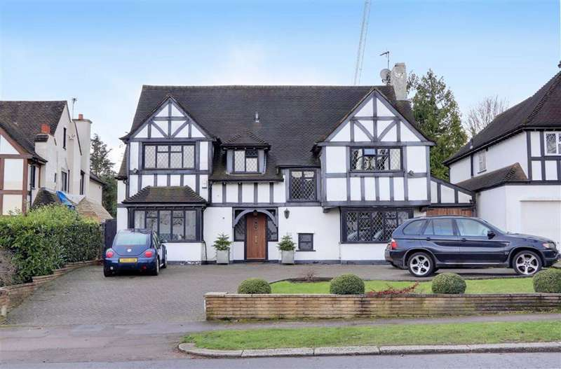 6 Bedrooms Detached House for sale in Lancaster Avenue, Hadley Wood, Hertfordshire
