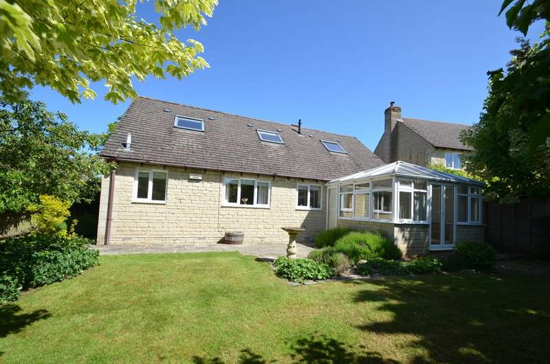 4 Bedrooms Detached House for sale in Stonecote Ridge, Bussage, Stroud, GL6