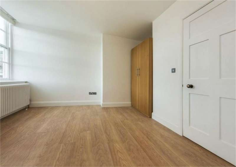 3 Bedrooms Detached House for rent in 445 Norwood Road
