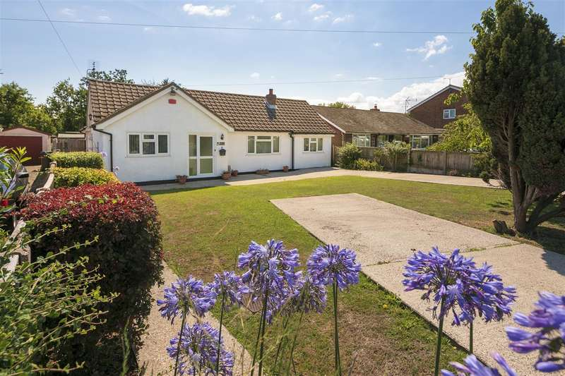 4 Bedrooms Detached Bungalow for sale in Bellevue Road, Whitstable