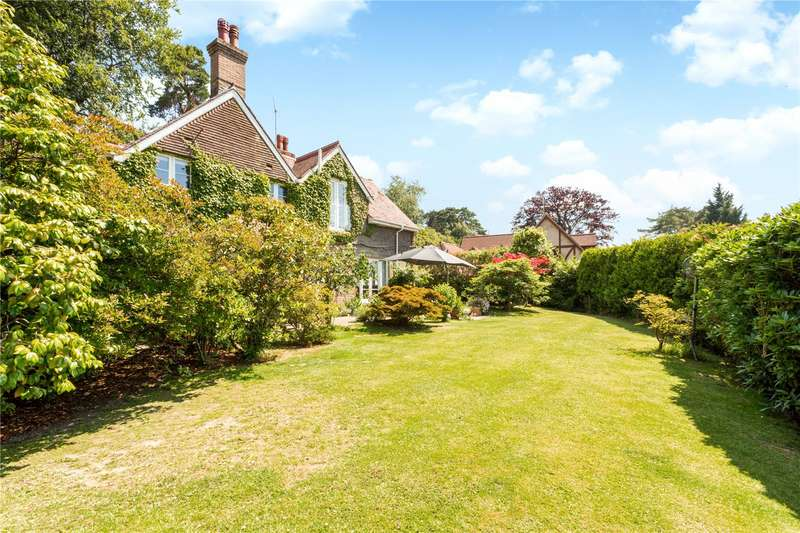 5 Bedrooms Detached House for sale in Aviemore Road, Crowborough, East Sussex, TN6