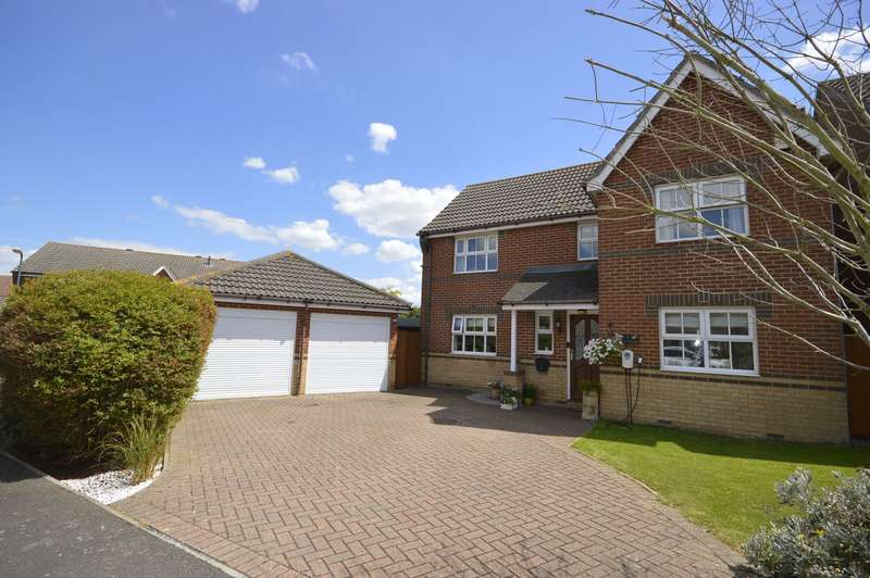 4 Bedrooms Detached House for sale in Drayton Close, High Halstow, Rochester, Kent, ME3