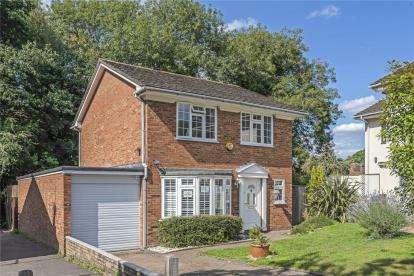 4 Bedrooms Detached House for sale in Briar Lane, West Wickham