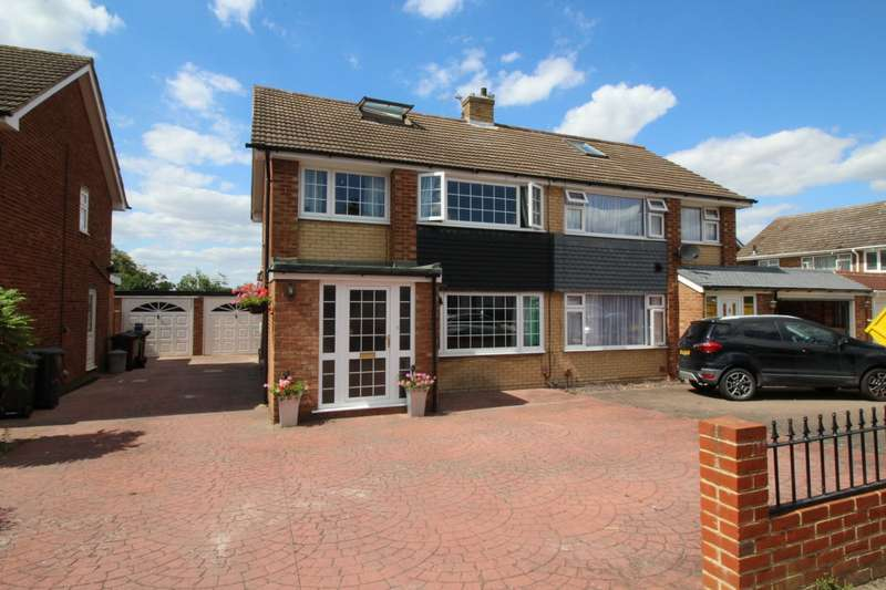3 Bedrooms Semi Detached House for sale in Cimba Wood, Gravesend, Kent, DA12