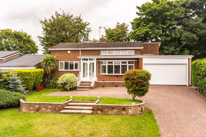 3 Bedrooms Detached Bungalow for sale in St James Close, Longdon, Rugeley, WS15
