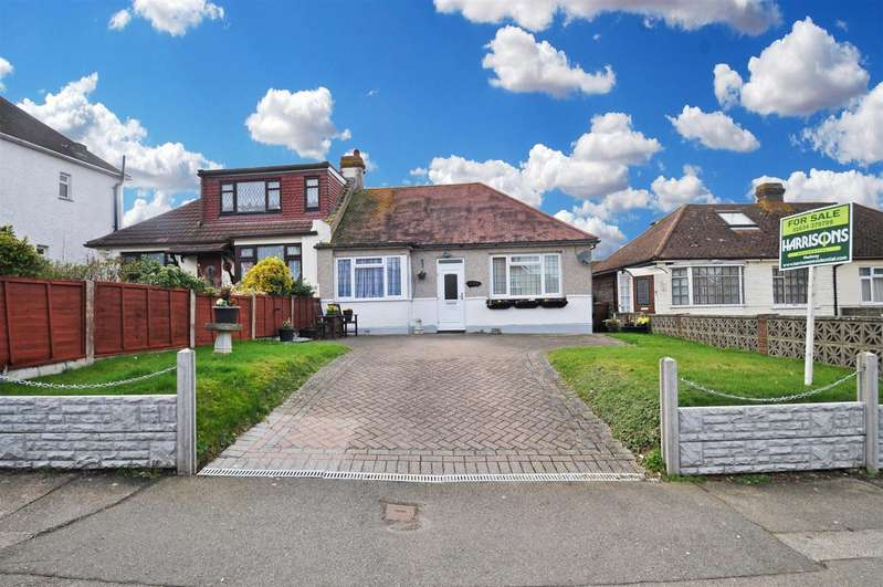 2 Bedrooms Semi Detached Bungalow for sale in Pump Lane, Gillingham