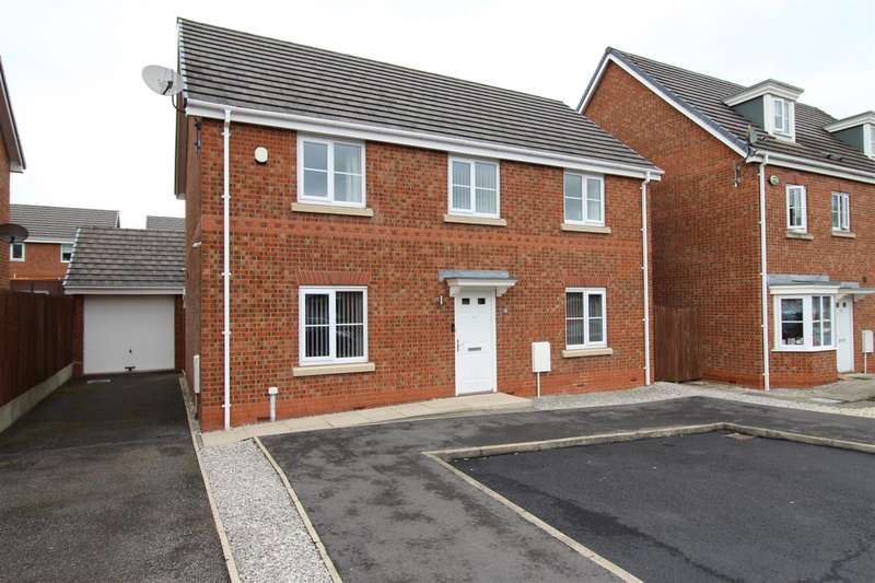 4 Bedrooms Detached House for sale in Allonby Close, Winstanley, Wigan.