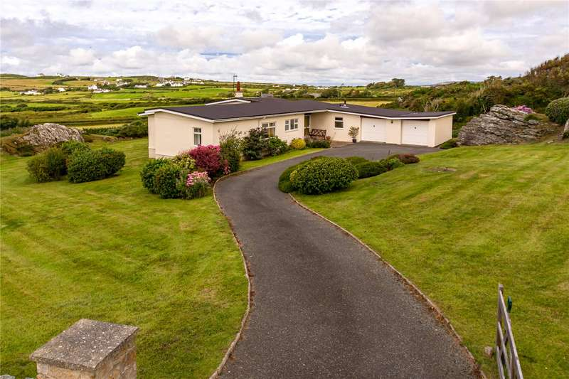 4 Bedrooms Detached Bungalow for sale in Pentre Gwyddel, Rhoscolyn, Holyhead, Ynys Mon, LL65