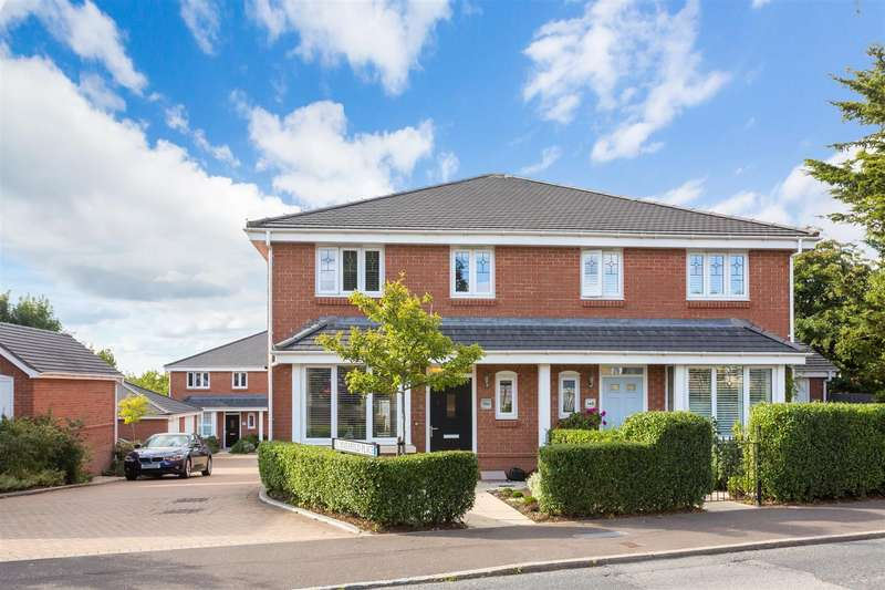3 Bedrooms Semi Detached House for sale in Leylands Road, Burgess Hill