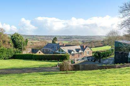 5 Bedrooms Barn Conversion Character Property for sale in St. Teath, Bodmin, Cornwall