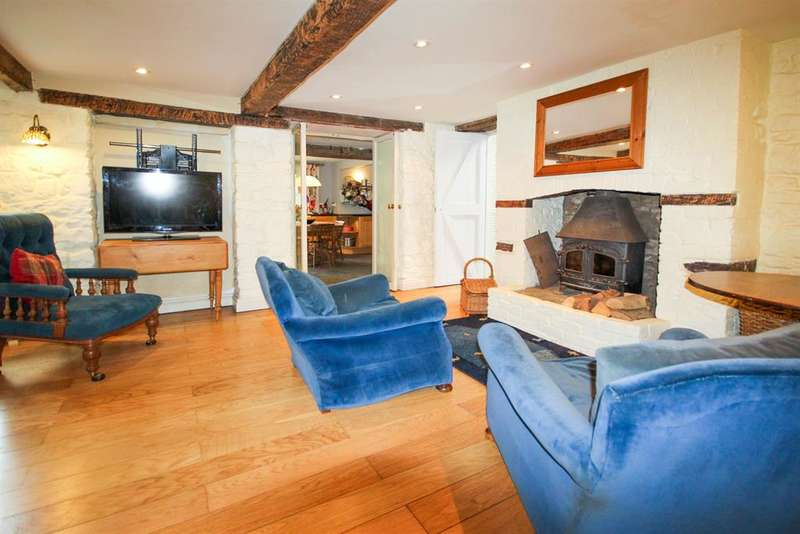 5 Bedrooms Detached House for sale in Wotton Under Edge, Gloucestershire, GL12 7NP