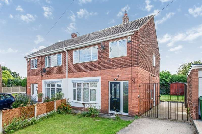 3 Bedrooms Semi Detached House for rent in Frensham Drive, Townville, Castleford, WF10