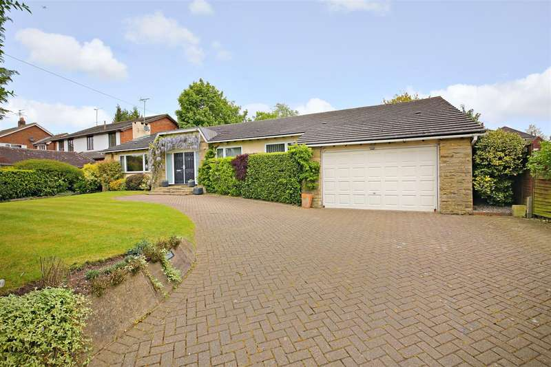 3 Bedrooms Detached Bungalow for sale in Aldenham Grove, Radlett