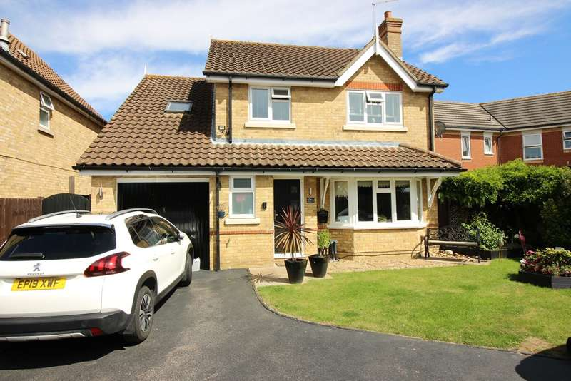 4 Bedrooms Detached House for sale in Abbeydale Close, Church Langley, Harlow, CM17