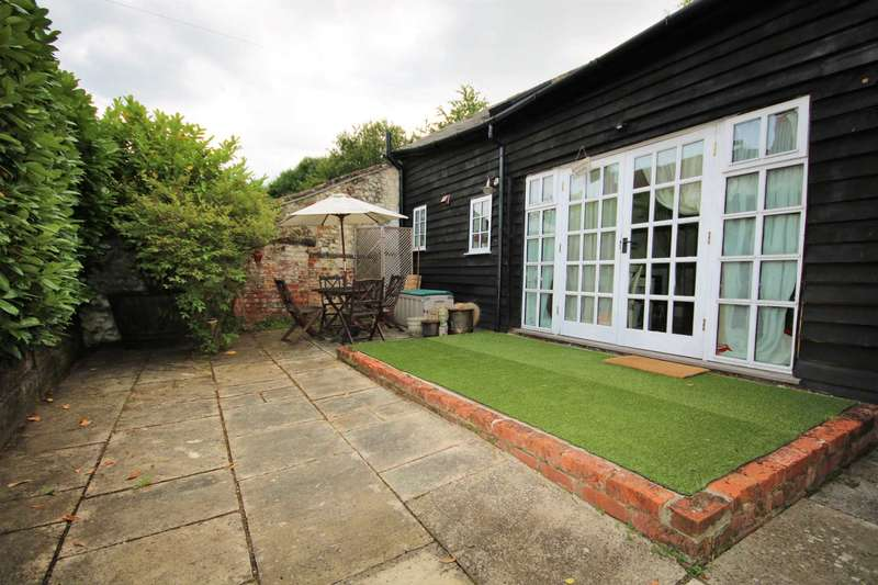1 Bedroom Cottage House for rent in Runfold St George, Farnham