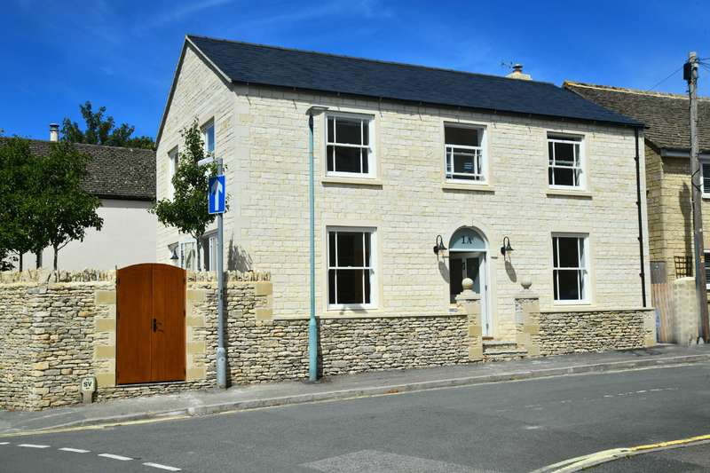 3 Bedrooms Detached House for sale in Church Street , , Cirencester , Gloucestershire