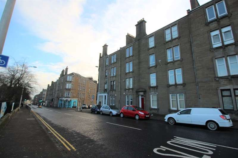 2 Bedrooms Flat for rent in Blackness Road, Dundee, DD2