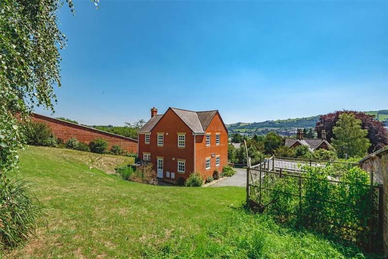 4 Bedrooms Detached House for sale in Fron Lane, Newtown, Powys, SY16 2EL