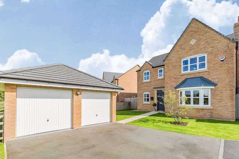 4 Bedrooms Detached House for sale in Junction Avenue, Lostock Hall, Preston, PR5