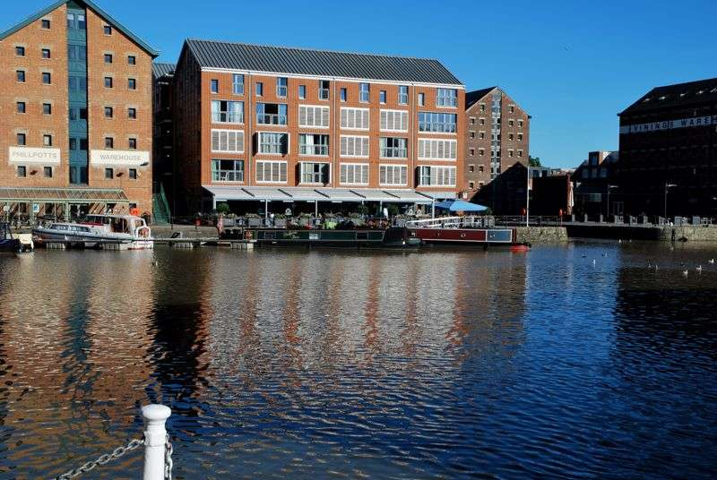 1 Bedroom Property for sale in Merchant Quays , Gloucester