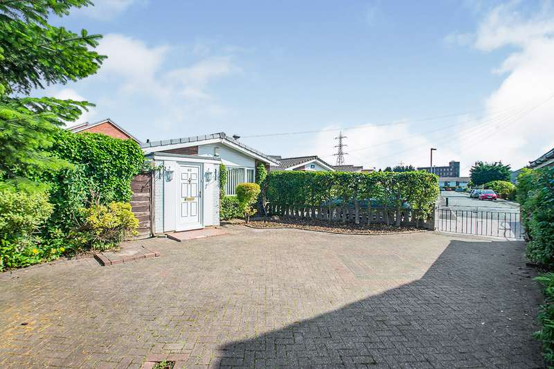 3 Bedrooms Detached Bungalow for sale in Stanley Road, Radcliffe, M26