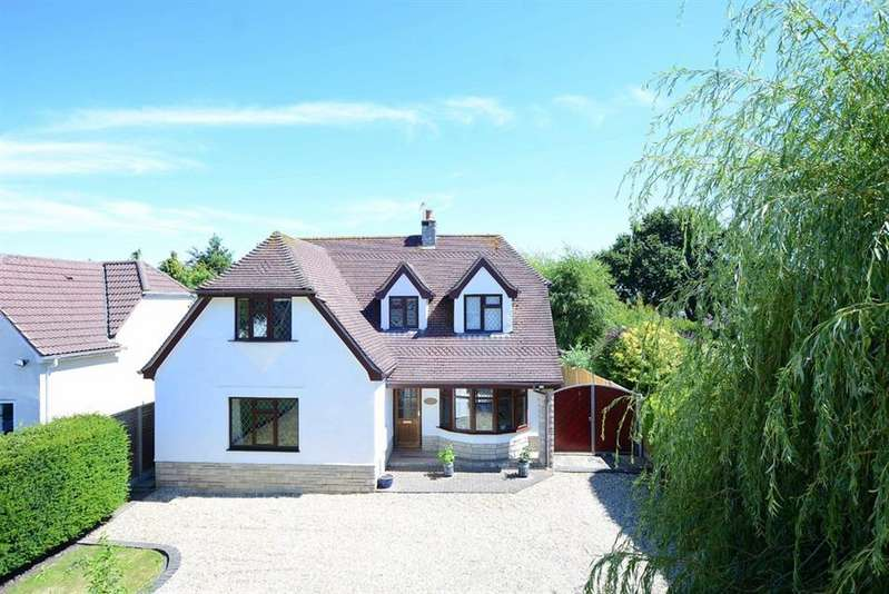 4 Bedrooms Property for sale in Manor Lane, Verwood