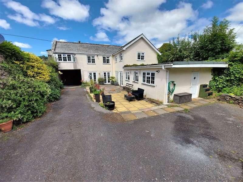 5 Bedrooms Semi Detached House for sale in Riverside, Launceston