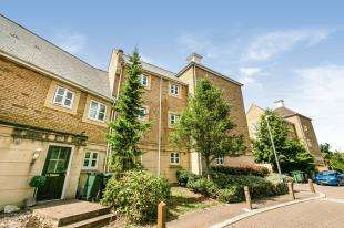 1 Bedroom Flat for sale in Kingfisher Drive, Greenhithe, Kent