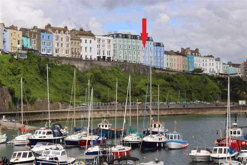 2 Bedrooms Retirement Property for sale in Paxton Court, White Lion Street, Tenby