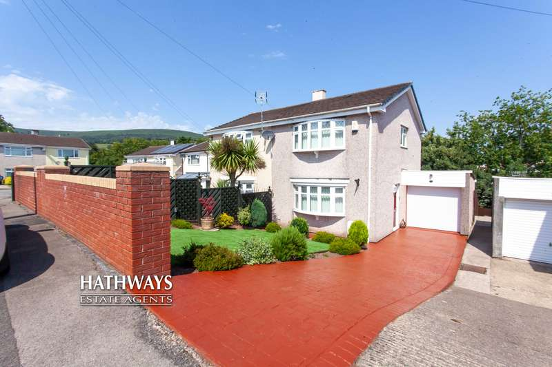 3 Bedrooms Property for sale in Parklawn Close, Pontnewydd, Cwmbran