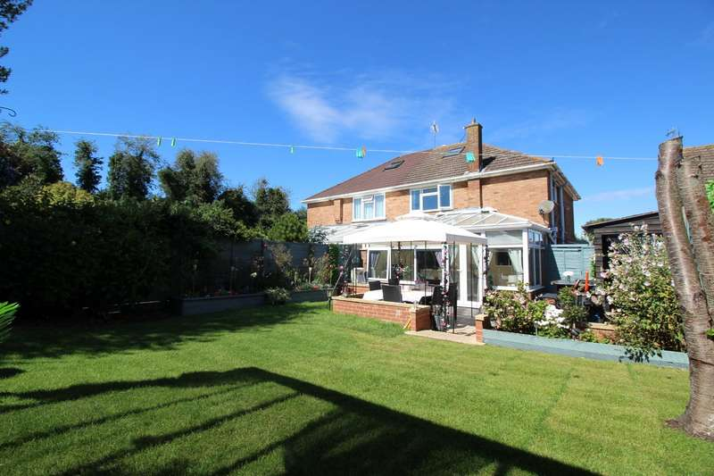 3 Bedrooms Semi Detached House for sale in Mayes Close, Swanley, Kent, BR8