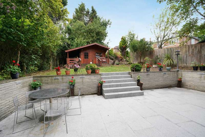 5 Bedrooms Detached House for sale in Ashbourne Road, London, W5