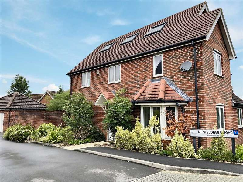 5 Bedrooms Detached House for sale in HOMEWORKER'S DELIGHT!! 5 BEDROOMS, DRESSING ROOM, SPACIOUS KITCHEN/BREAKFAST ROOM, IN WHITCHURCH