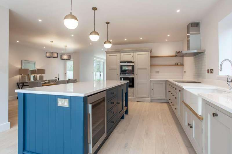 4 Bedrooms Detached House for sale in Arundells, Whitehall Lane, Checkendon, RG8