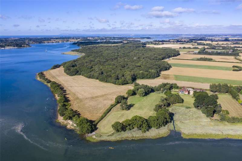 5 Bedrooms Detached House for sale in Hook Lane, Bosham, Chichester, West Sussex, PO18