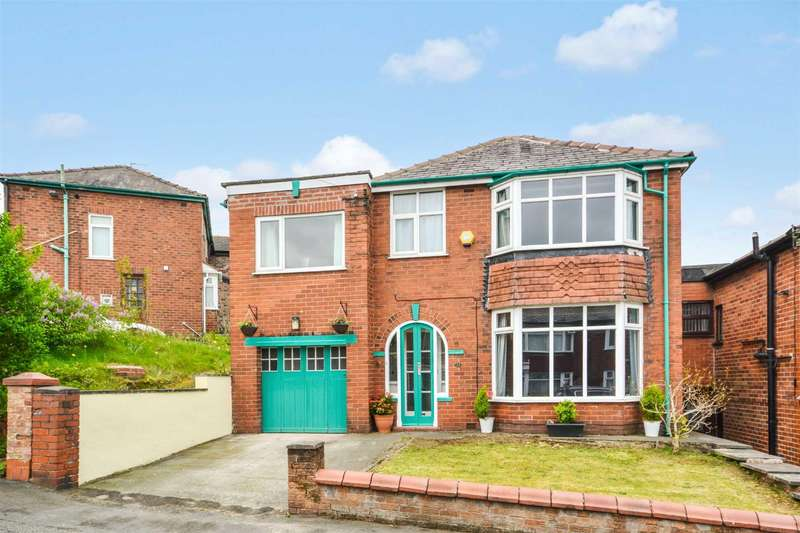 4 Bedrooms Detached House for sale in Scott Road, Prestwich
